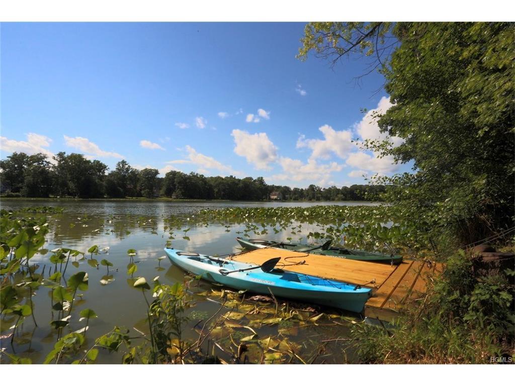 Photo of 17   Old Lake set back  Congers  NY