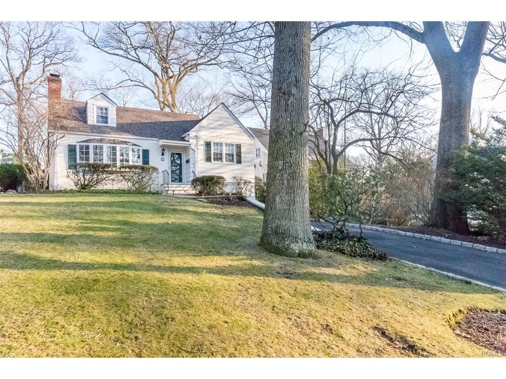 Photo of 36   Iselin Terrace  Larchmont  NY