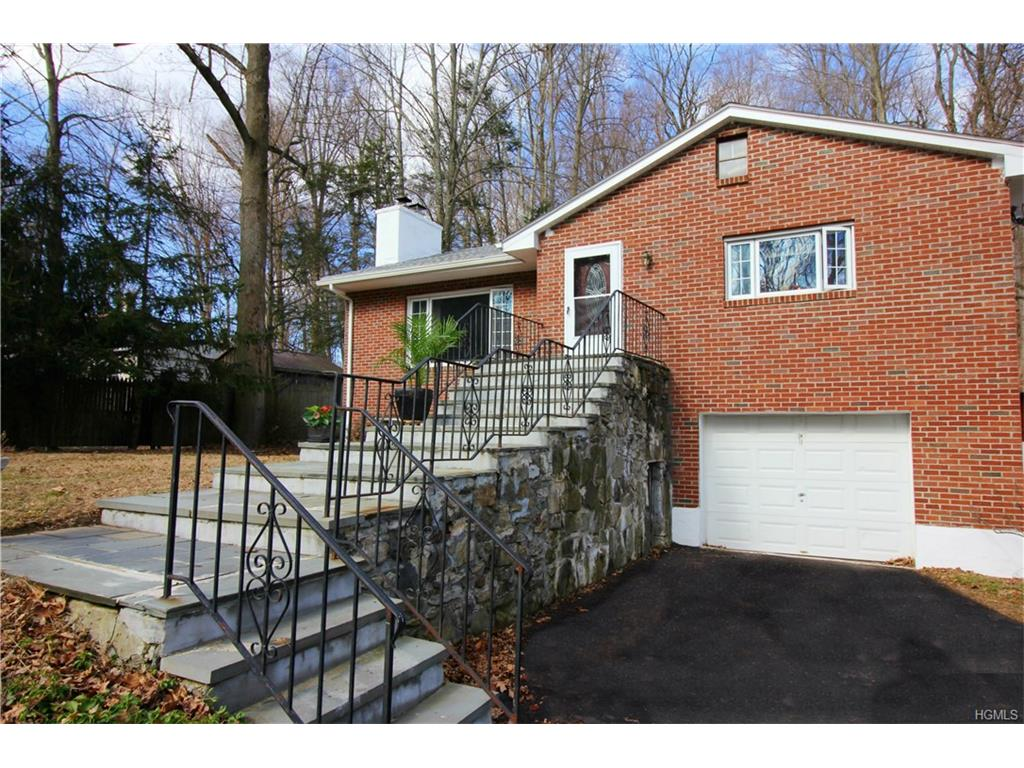 Photo of 198   Colabaugh Pond Road  Croton-on-Hudson  NY
