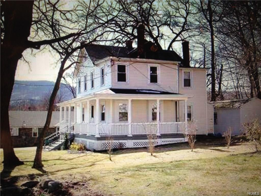 Colonial,Two Story, Single Family - Cornwall On Hudson, NY (photo 5)