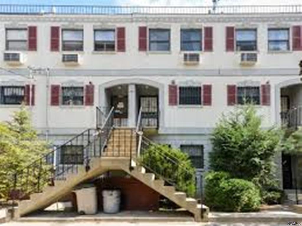 Photo of 844   Leland Avenue  Bronx  NY