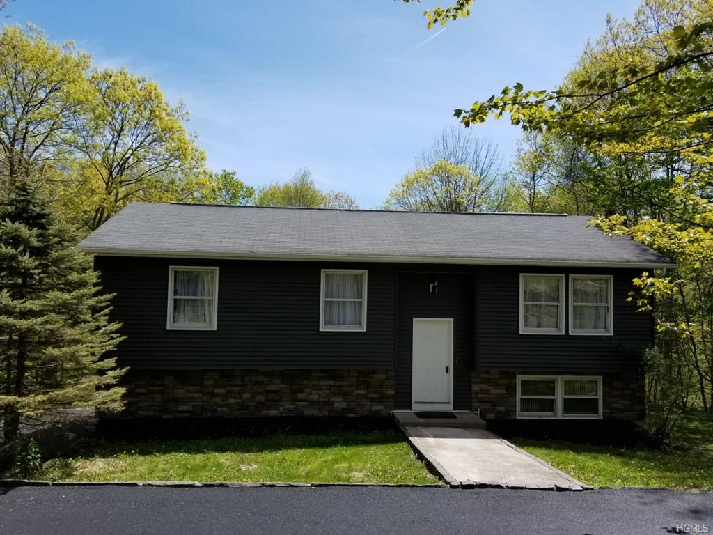 Photo of 114   Susan Drive  Poughquag  NY