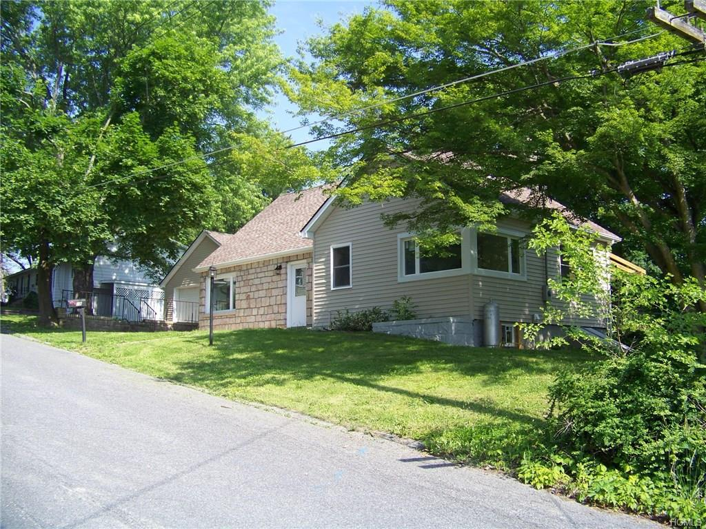 38 Center St, Walden, NY 12586