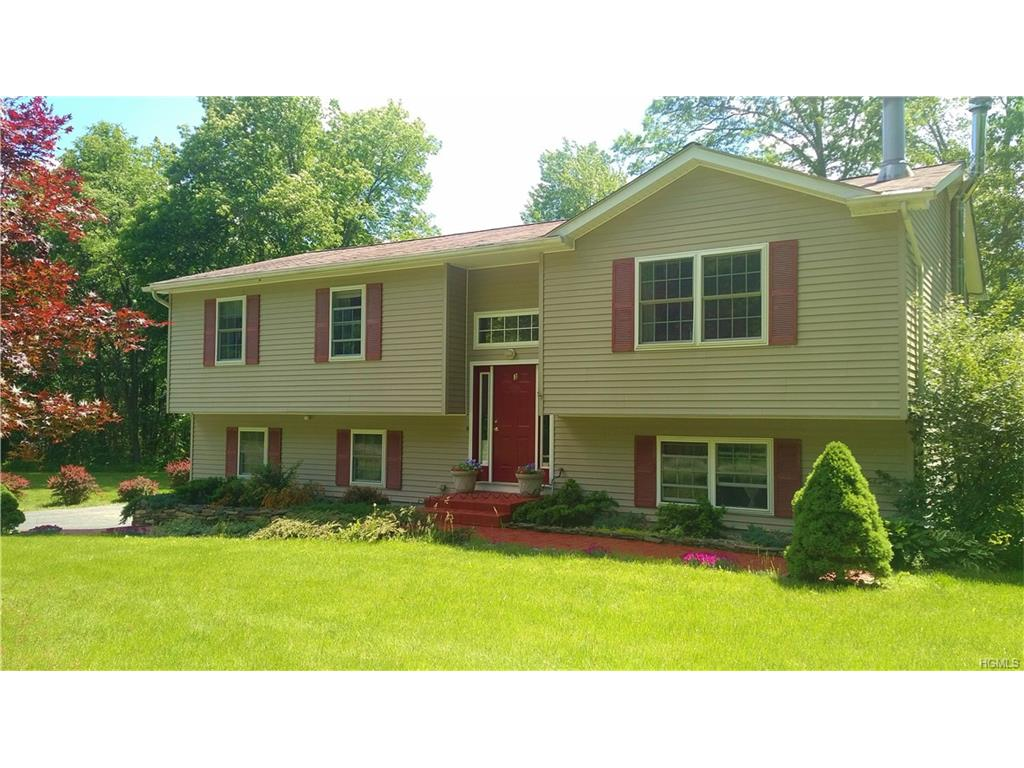 Photo of 3   Cortes Lane  Montgomery  NY