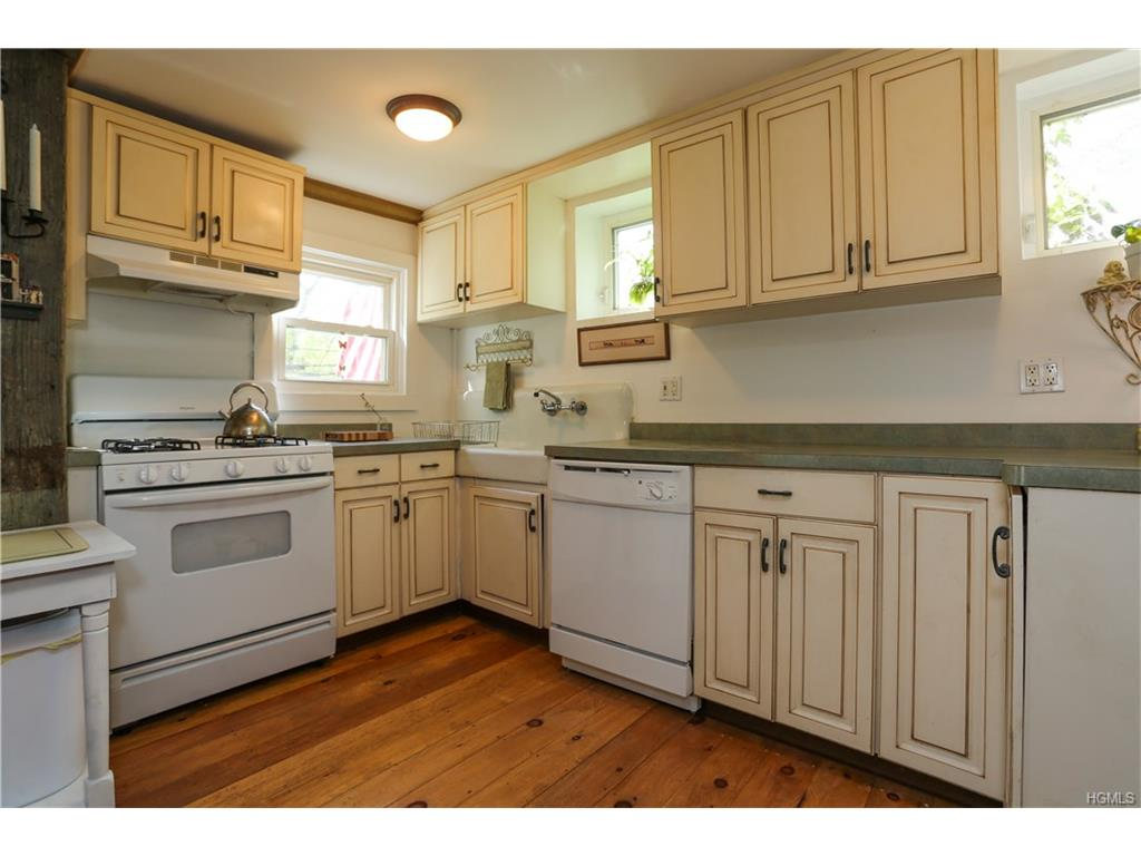 Photo of 523   Willow Grove Road  Stony Point  NY