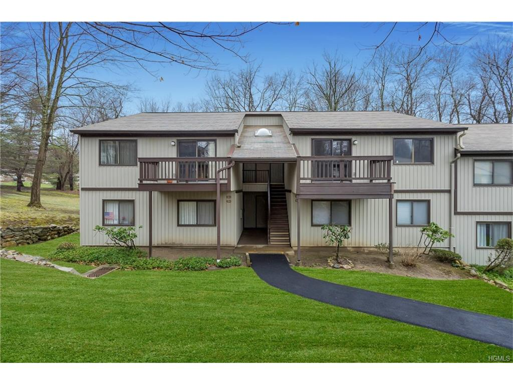 Photo of 130   Columbia Court  Yorktown Heights  NY