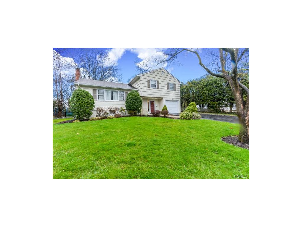 Photo of 105   Laura Joy Circle  Mamaroneck  NY