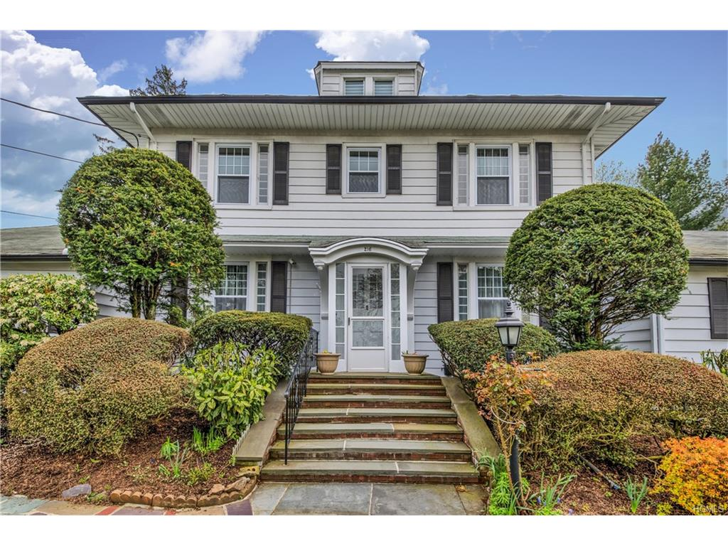 Photo of 216   Eastchester Road  New Rochelle  NY