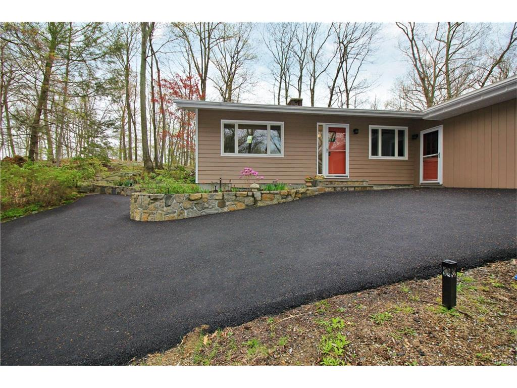 Photo of 721  West Long Hill Road  Briarcliff Manor  NY