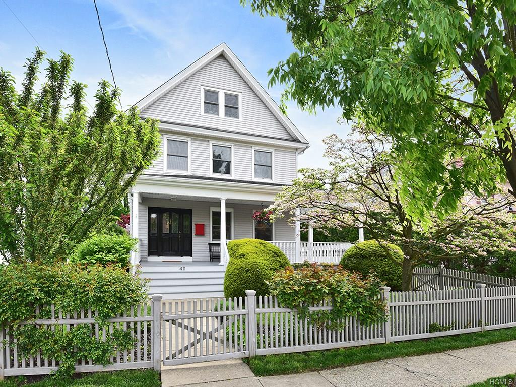 Photo of 411   Beach Avenue  Mamaroneck  NY