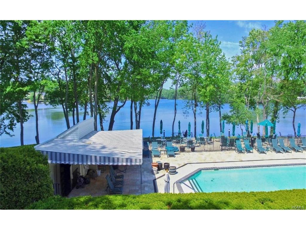 Photo of 15   Waterside Close  Eastchester  NY