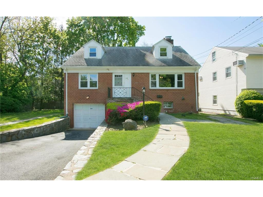 Photo of 19   Blossom Terrace  Larchmont  NY