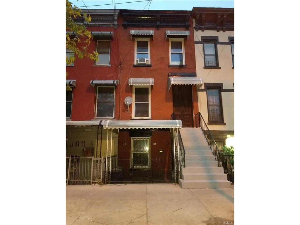 Photo of 429  East 143rd Street  Bronx  NY