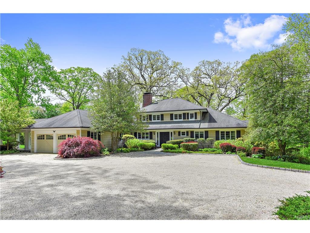 Photo of 39   Long Meadow Road  Bedford  NY