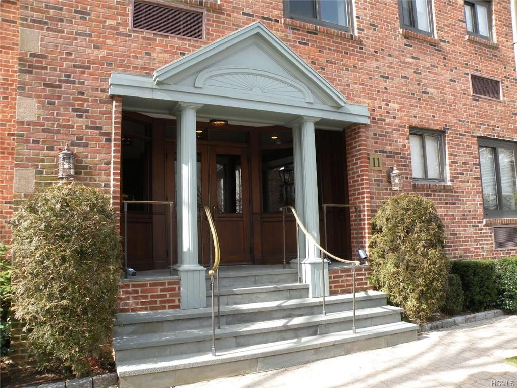 Photo of 11   Lafayette Court  call Listing Agent  CT