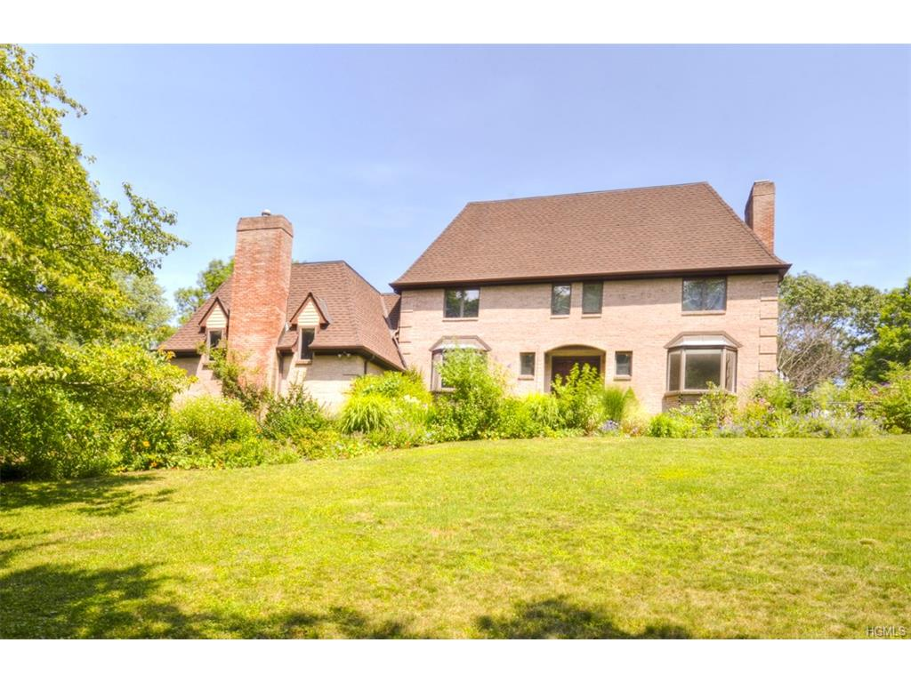 Photo of 33   Ferncliff Road  call Listing Agent  CT
