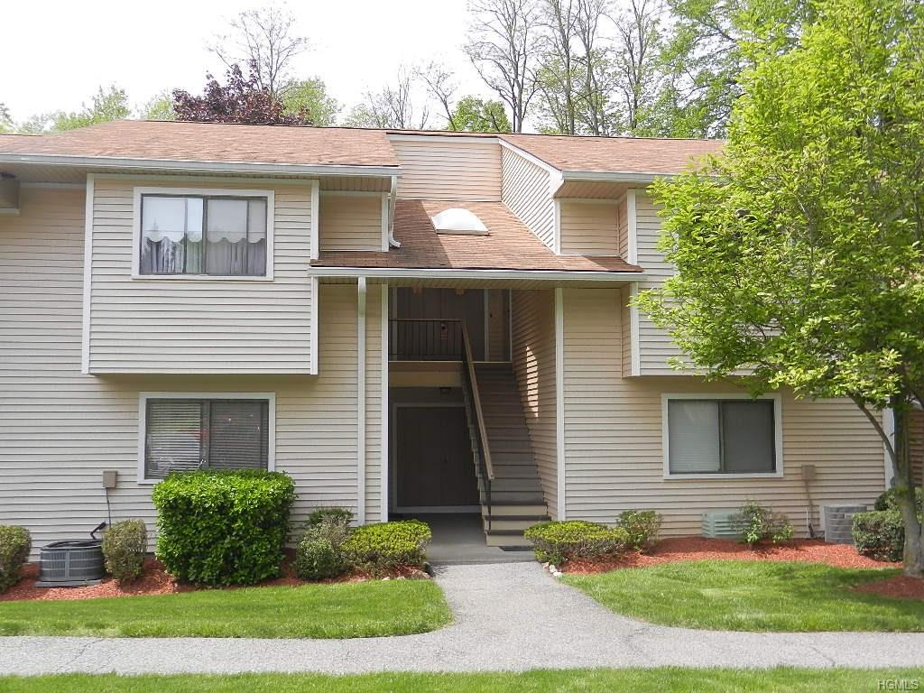 Photo of 95   Molly Pitcher Lane  Yorktown Heights  NY