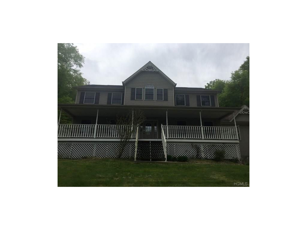 Photo of 2   Spruce Hill Court  Chester  NY