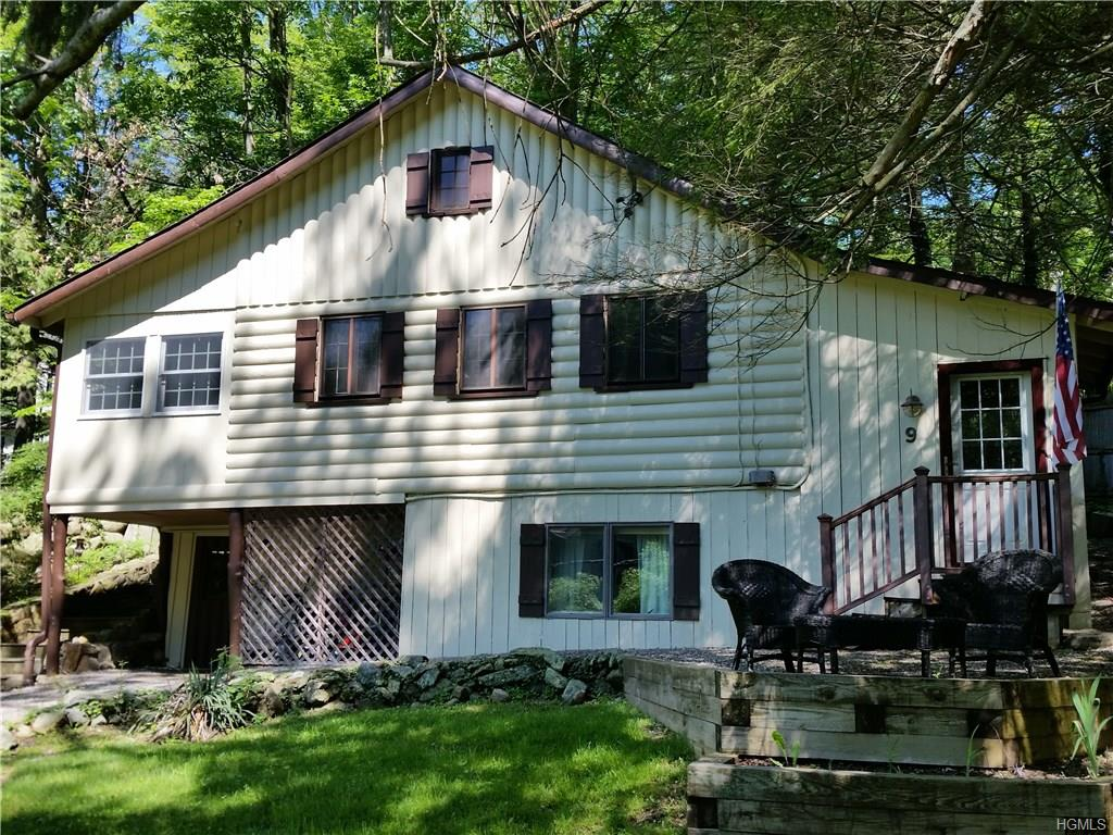 Photo of 9   Brookside Drive  Yorktown Heights  NY