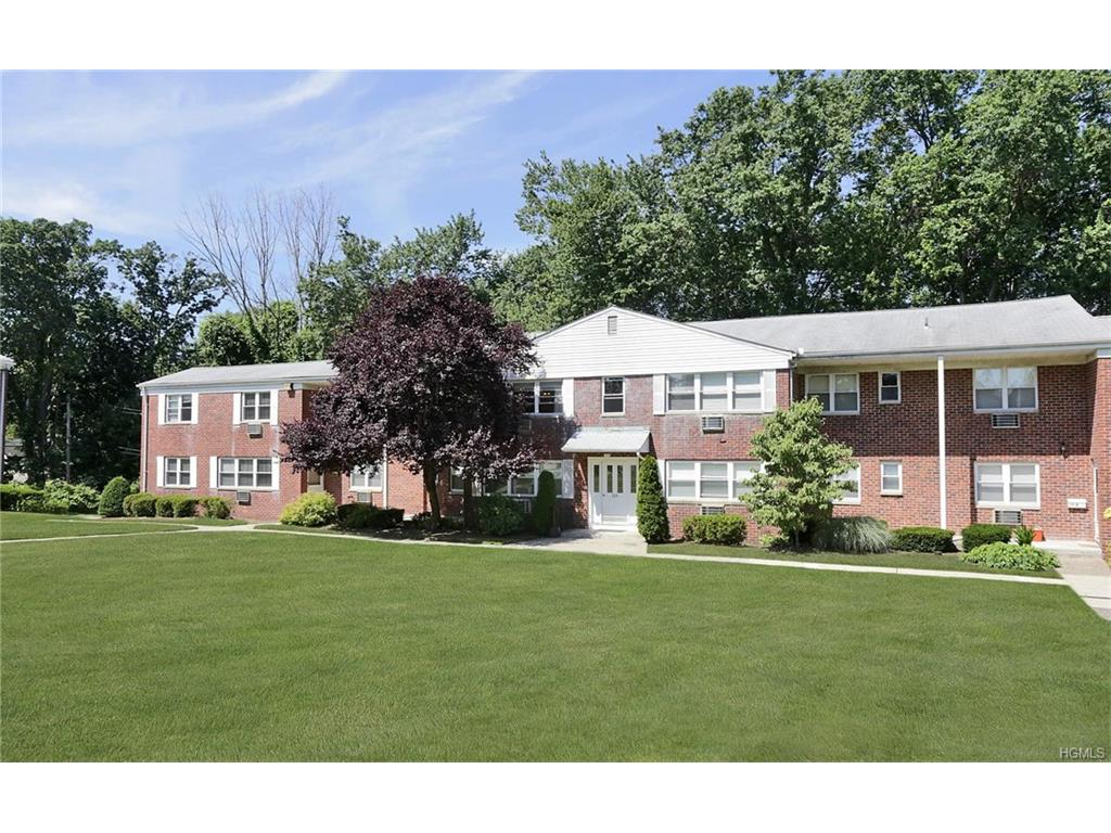 Photo of 225  North Middletown Road  Pearl River  NY