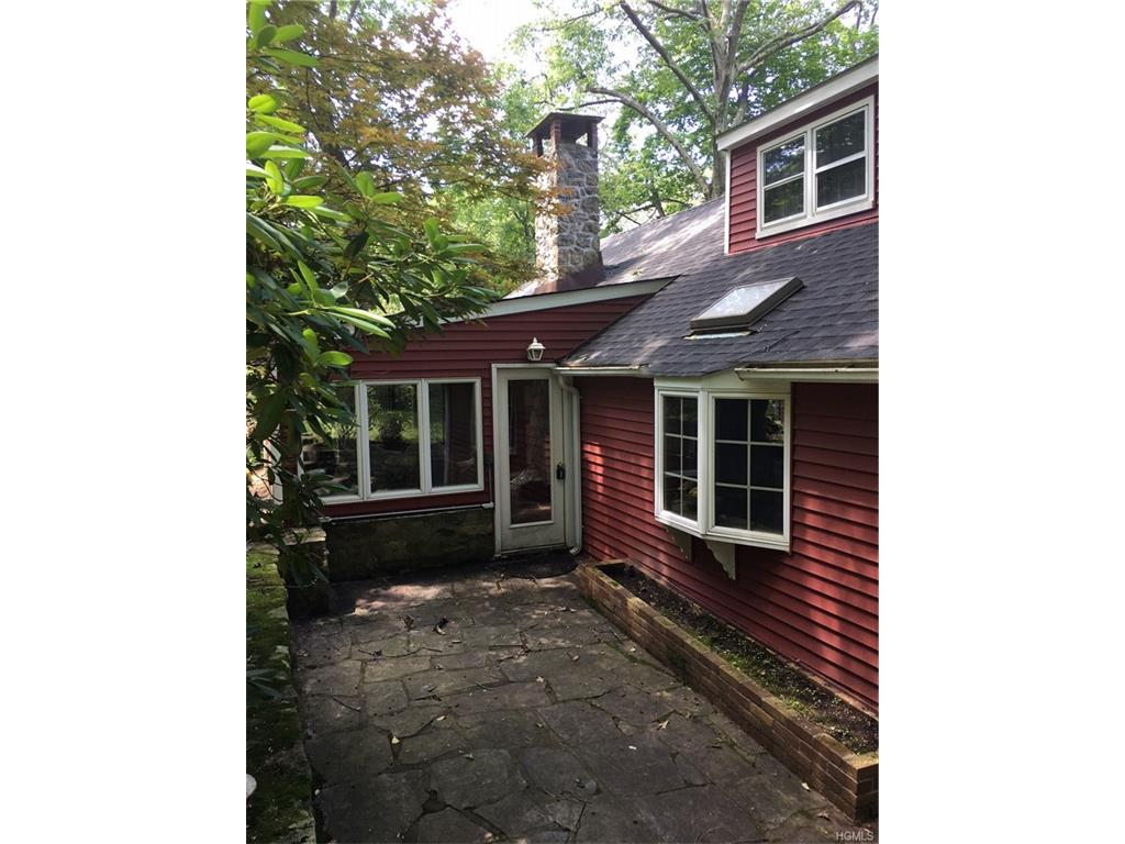 Photo of 25   High Indian Hill Road  Mahopac  NY