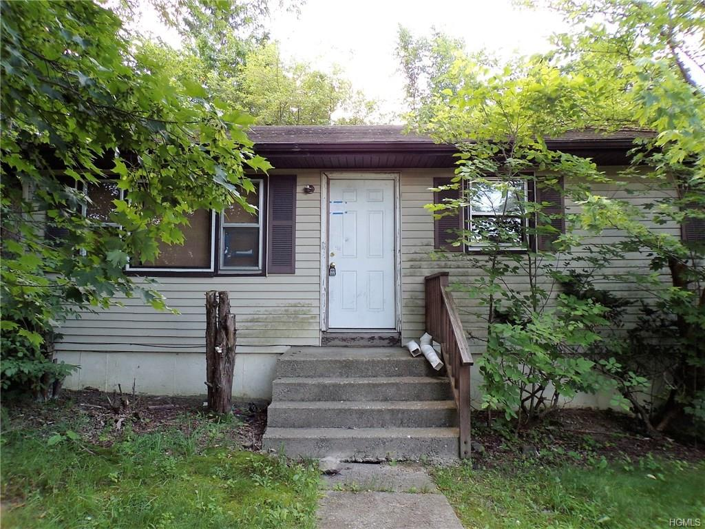 Photo of 33   California Drive  Middletown  NY