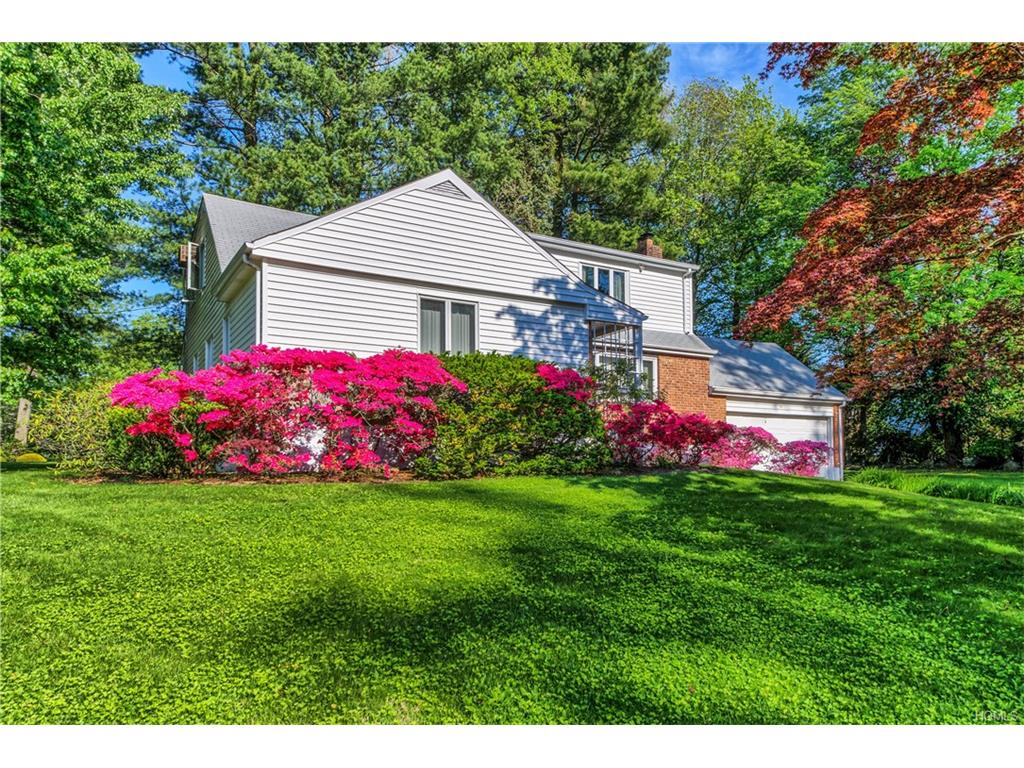 Photo of 70   Abingdon Lane  Scarsdale  NY