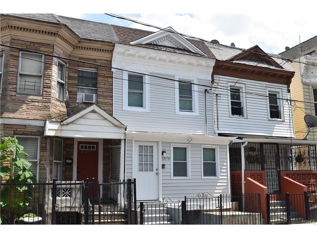 Photo of 1370   Plimpton Avenue  Bronx  NY