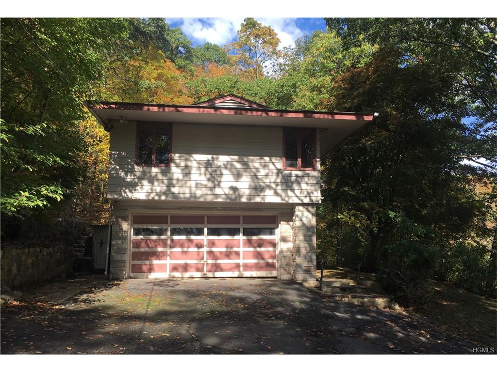 Photo of 32   Hospital Road  Tuxedo Park  NY