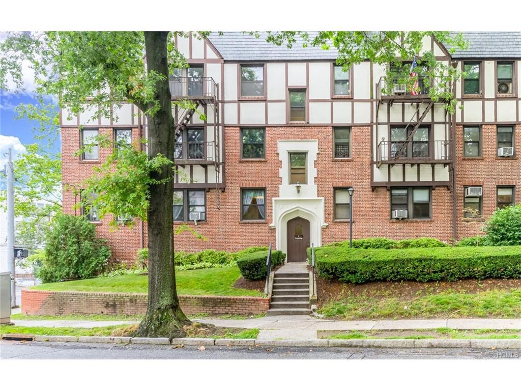 Photo of 1   Greenridge Avenue  White Plains  NY