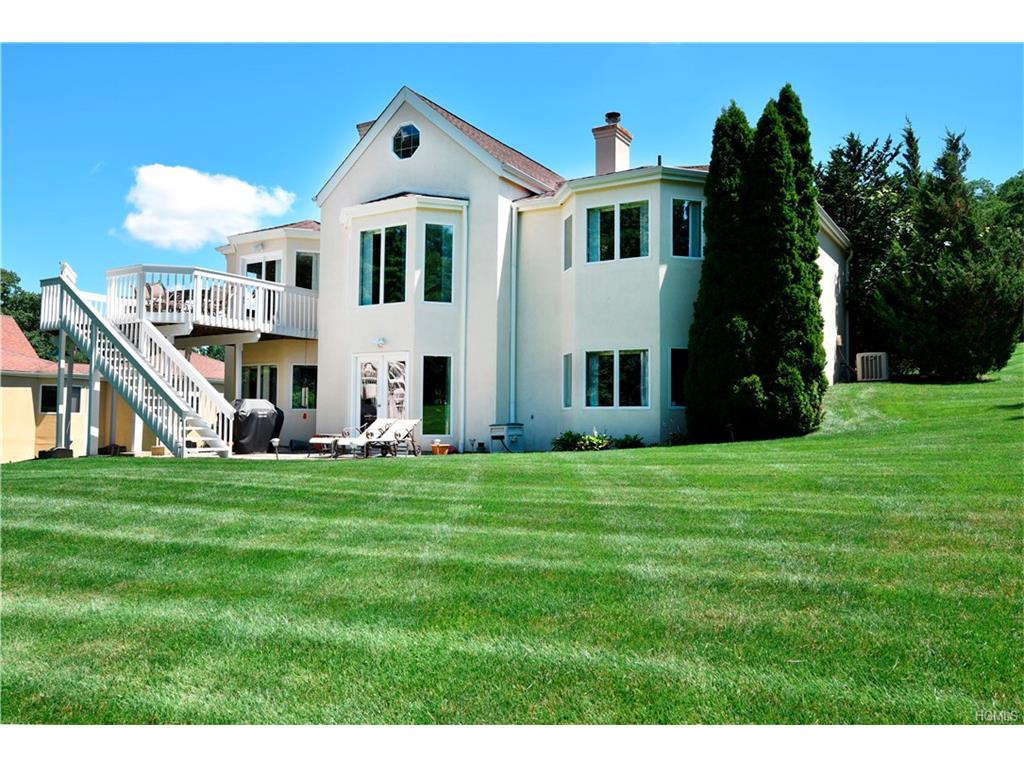 Photo of 16   Knolltop Road  Elmsford  NY