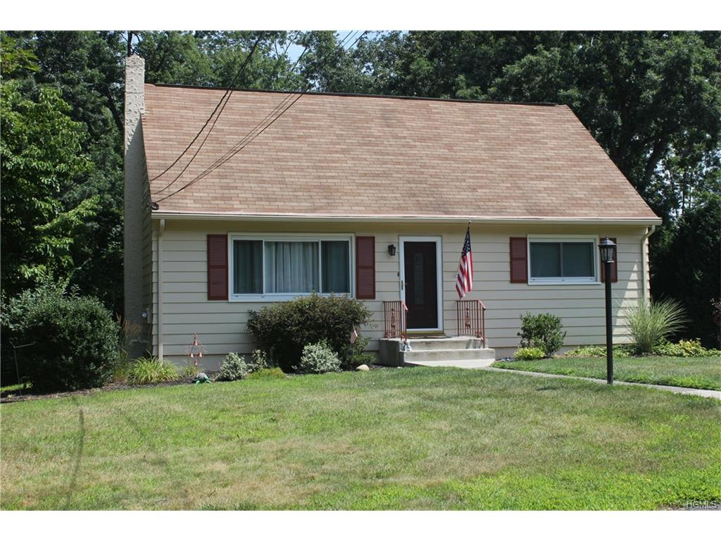 Photo of 36   Gottlieb Drive  Pearl River  NY