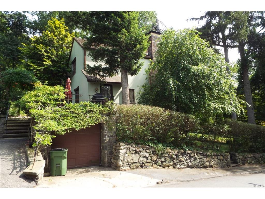 Photo of 42   Cobb Lane  Tarrytown  NY