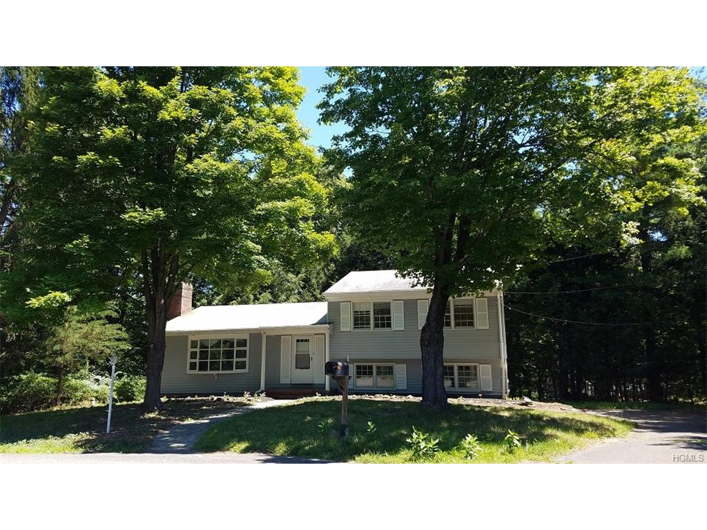 Photo of 18   Millbrook Terrace  New Paltz  NY