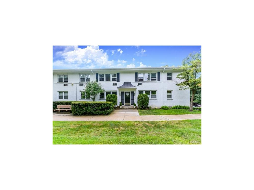 Photo of 54  North Ridge Street  Rye Brook  NY