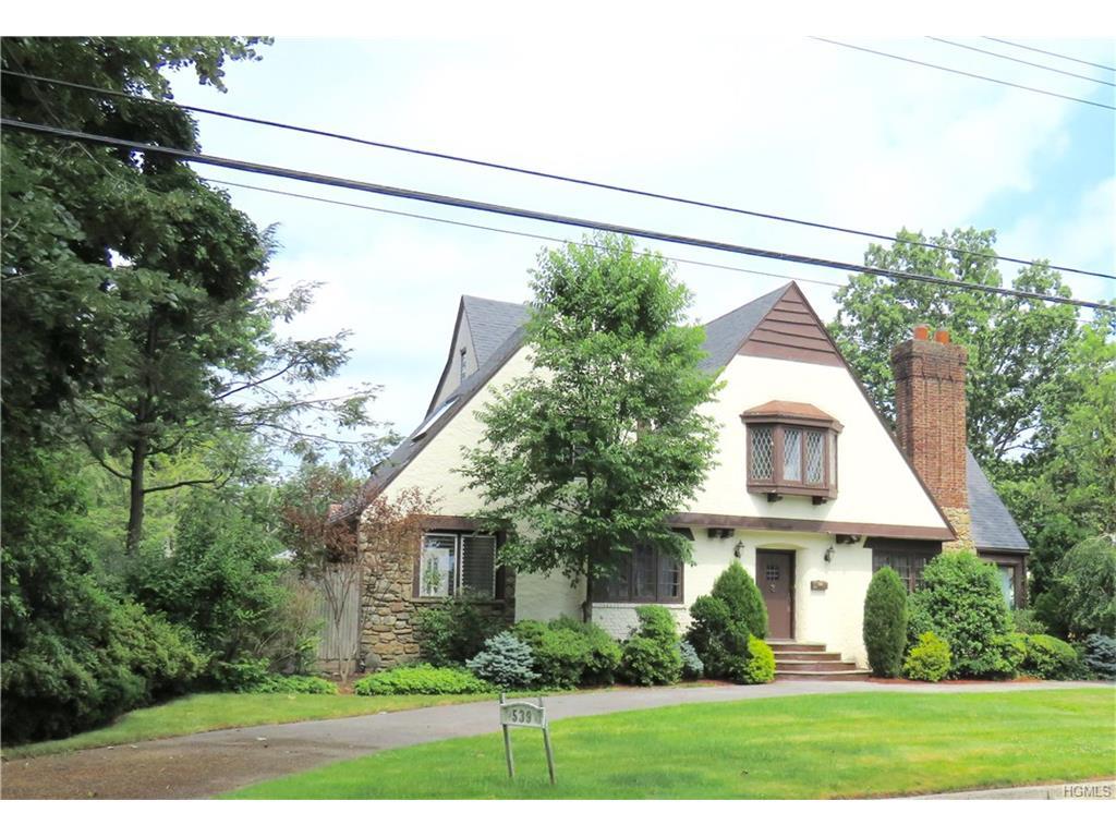Photo of 539   Bleeker Avenue  Mamaroneck  NY