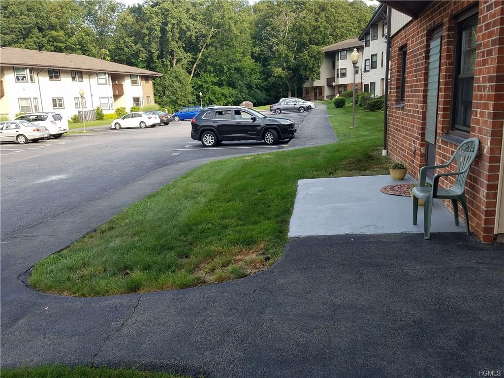 Photo of 12   Essex Place  Yorktown Heights  NY