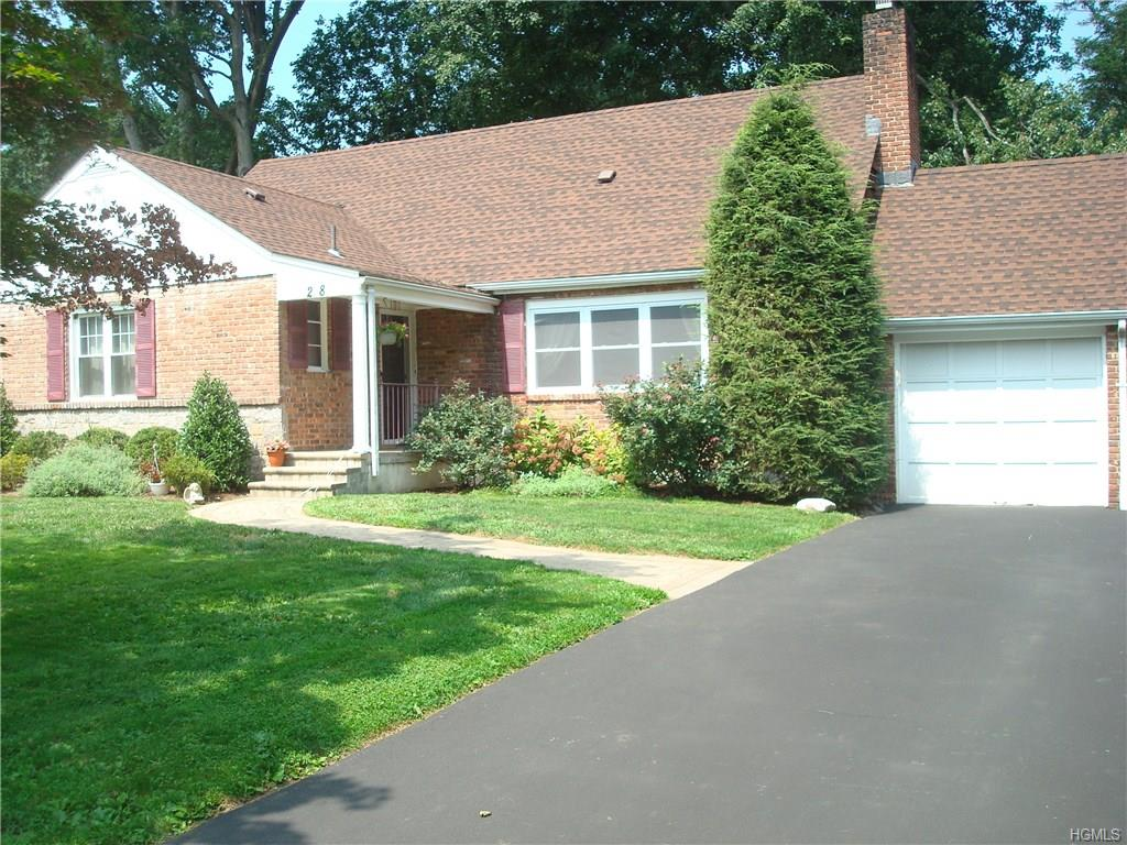 Photo of 28   Atherstone Road  Scarsdale  NY