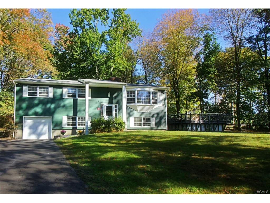 Photo of 71   Spruce Knolls Road  Putnam Valley  NY