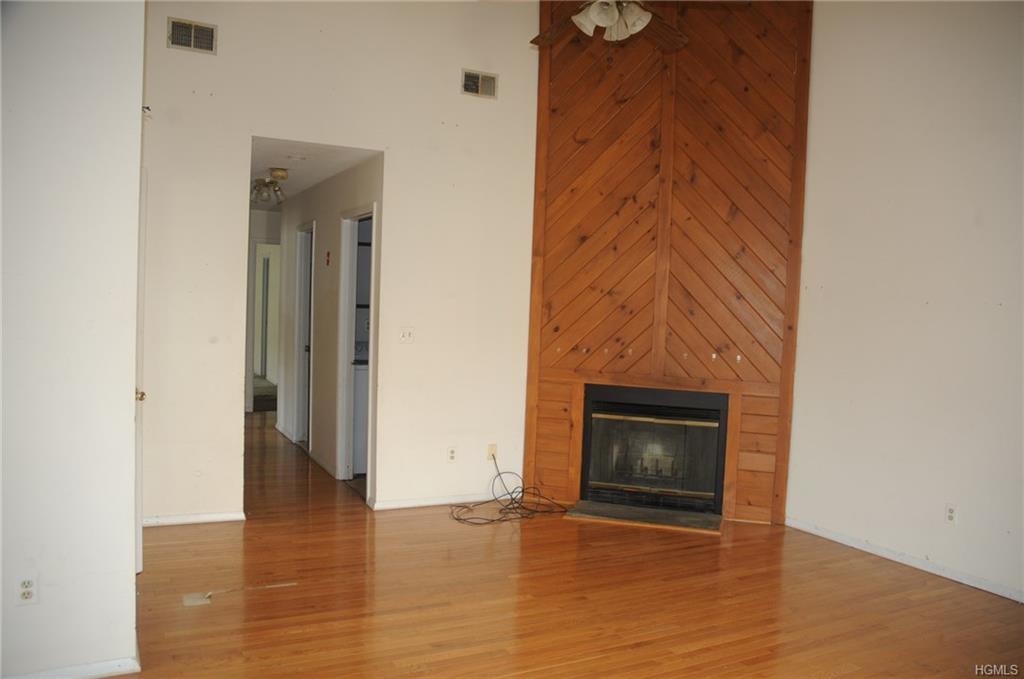 Condominium, Garden Apartment - Chester, NY (photo 4)