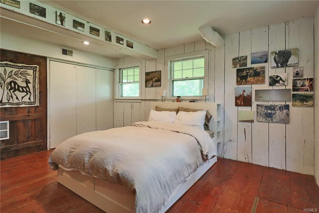 Cottage, Single Family - Fort Montgomery, NY (photo 4)