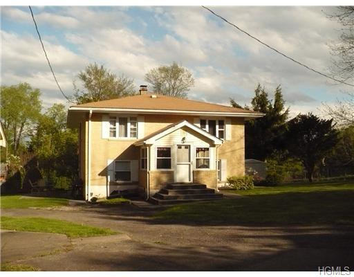 primary photo for 1398 Ulster Heights Road, Ellenville, NY 12428-5705, US