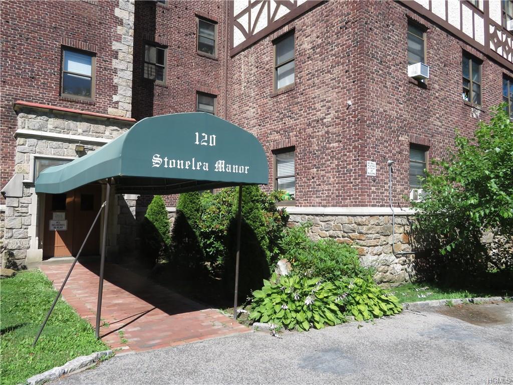 primary photo for 110 Stonelea Place Unit: 3E, New Rochelle, NY 10801, US
