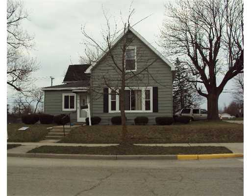 304 E Main St, Union City, OH 45390