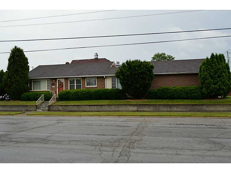 Photo of 1753 MAIDEN LN  Springfield  OH
