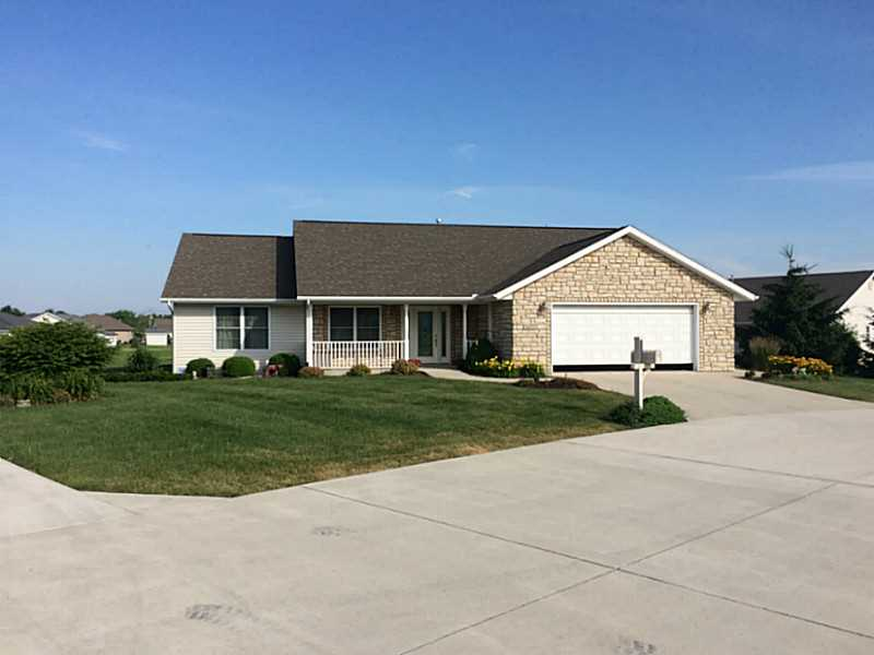 Photo of 1053 STONEGATE  Wapakoneta  OH