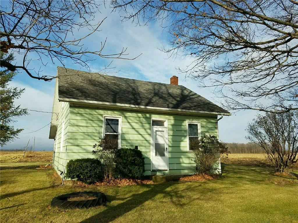 372 Loop Rd, West Manchester, OH 45382