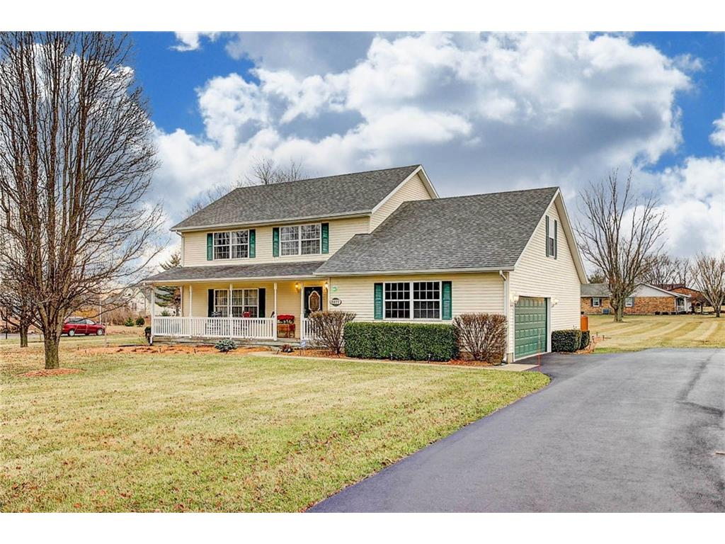 3977 Crescent Hill Rd, Springfield, OH 45502
