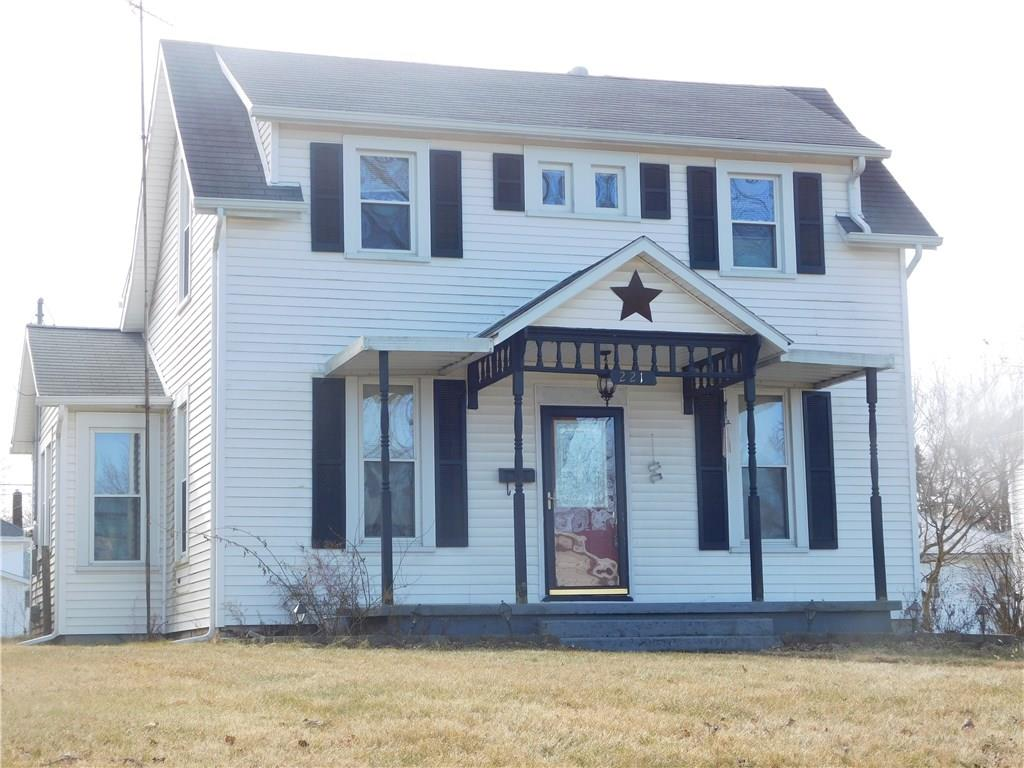 221 Boyce St, Urbana, OH 43078