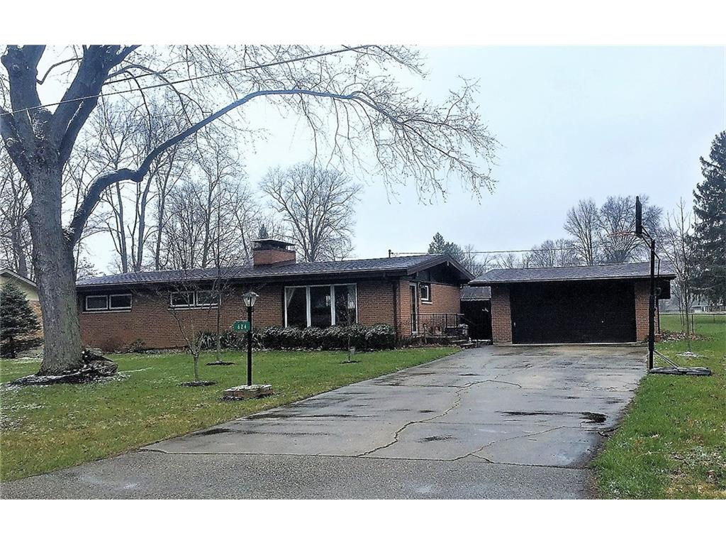 624 Dorchester Dr, Springfield, OH 45506